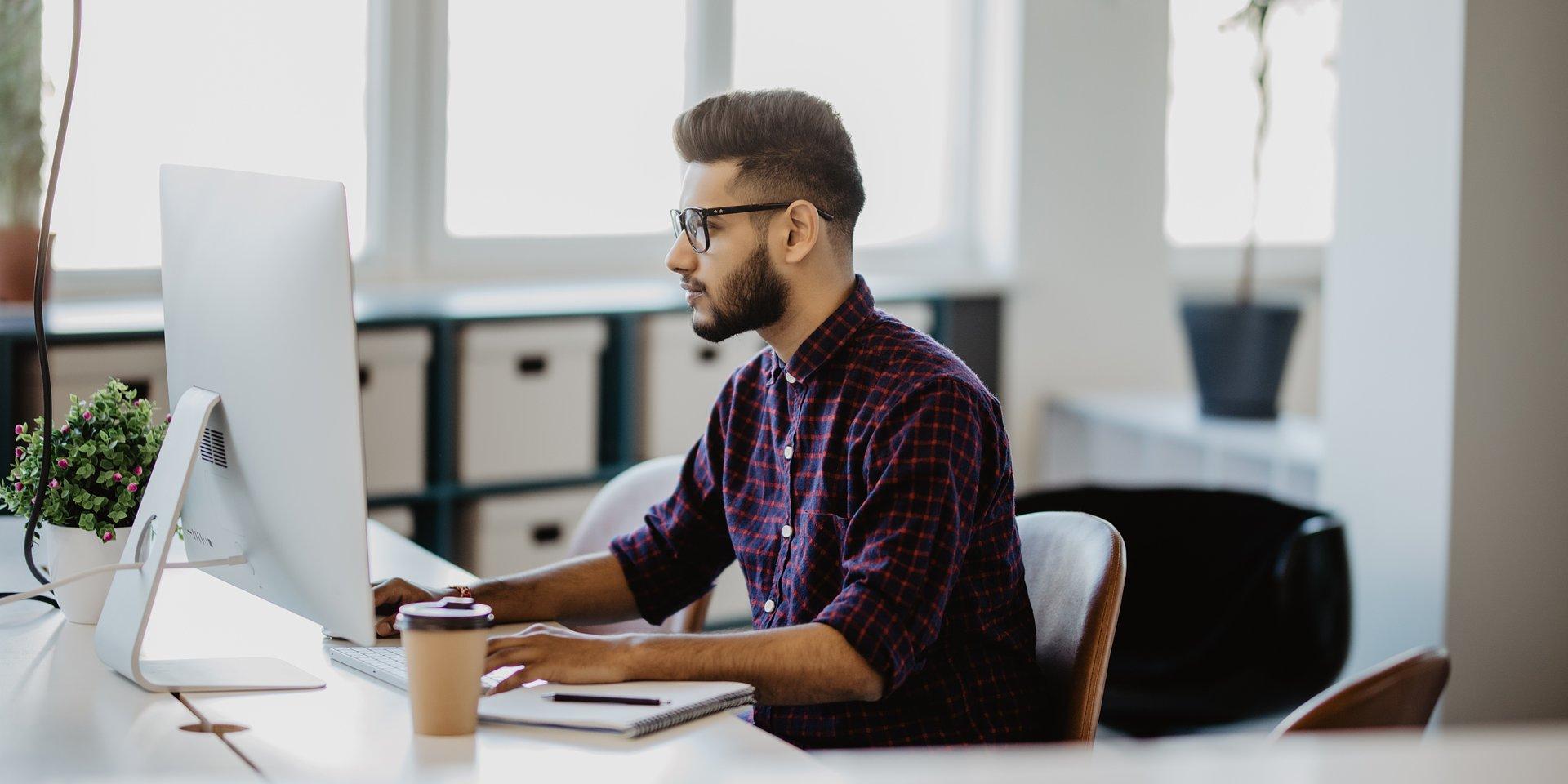 Praca tymczasowa – rozwiązanie awaryjne czy alternatywna ścieżka kariery?