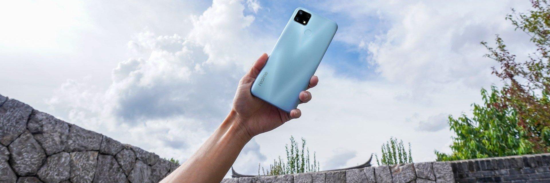 realme 7i za 599 złotych. Smartfon z mega baterią w promocyjnej cenie