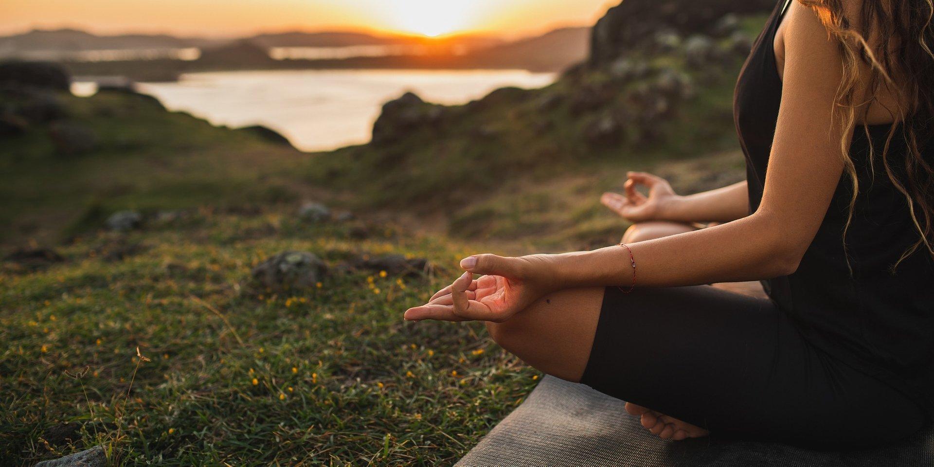 Jak zacząć swoją przygodę z jogą?