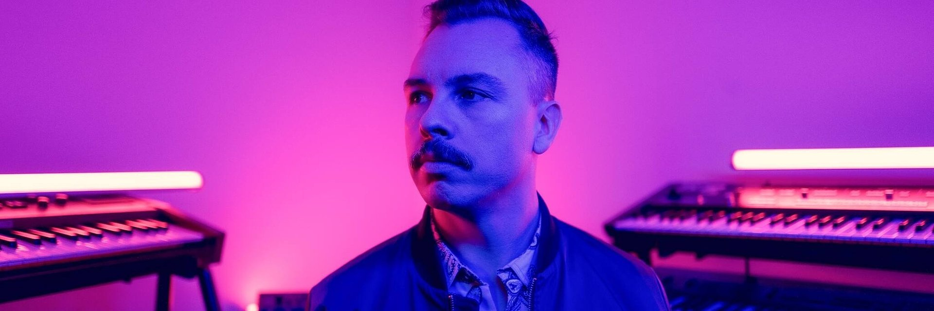 Gen-Z kontra boomersi w nowym klipie Purple Disco Machine!