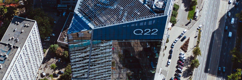 Biurowiec Q22 zielony i bezpieczny