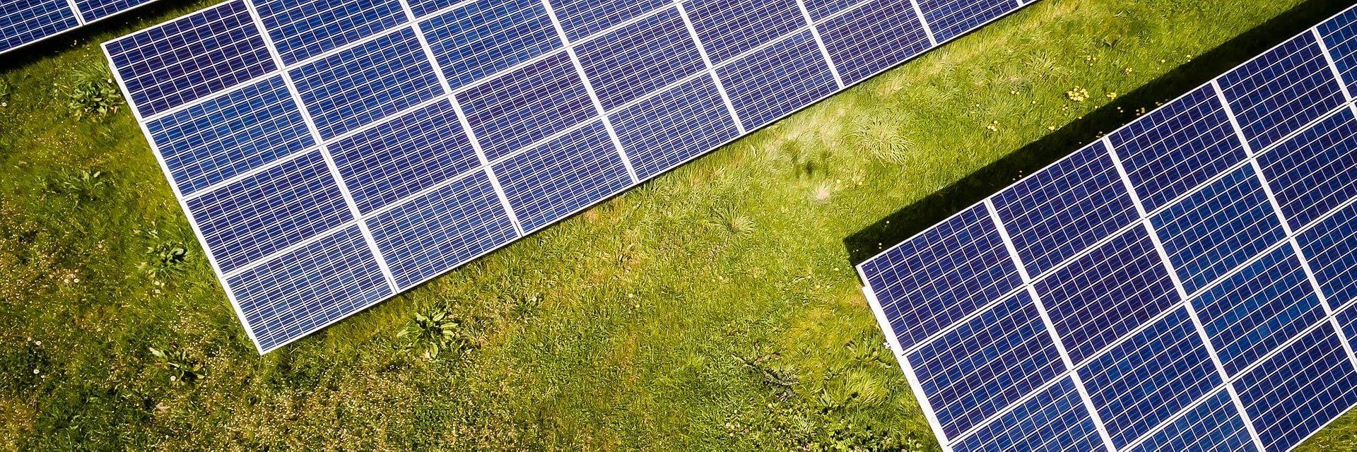 Badanie Sunday Polska Dzięki fotowoltaice wysokość rachunków za energię spada średnio aż o 65%