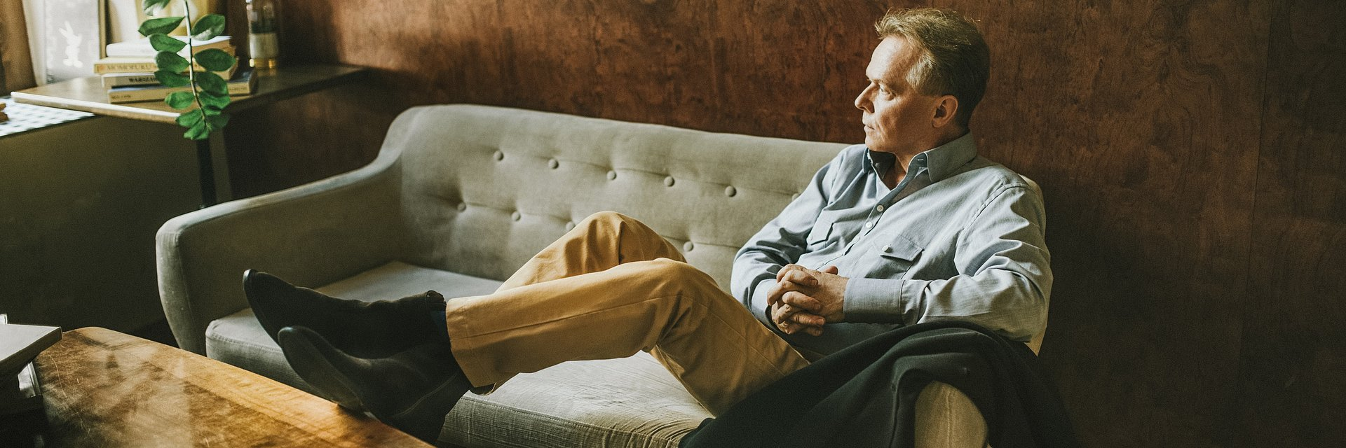 Michał Bajor zaprasza nowym singlem do Kolor Cafe w wyjątkowej odsłonie