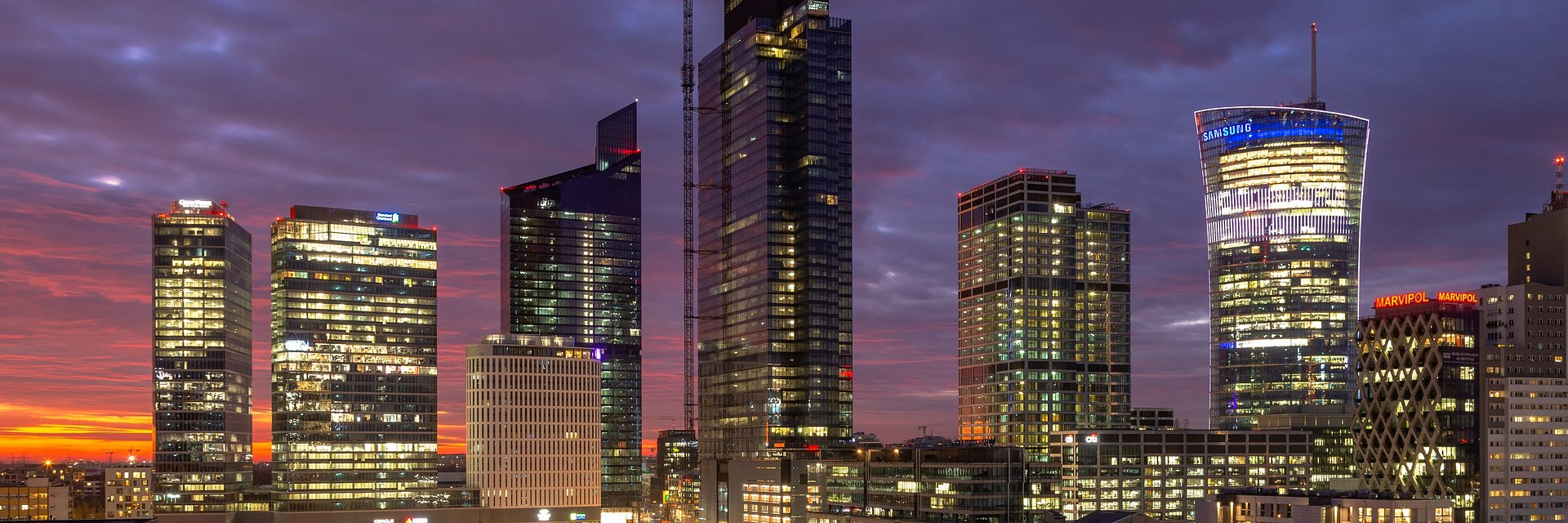CBRE podwójnie w Warsaw UNIT