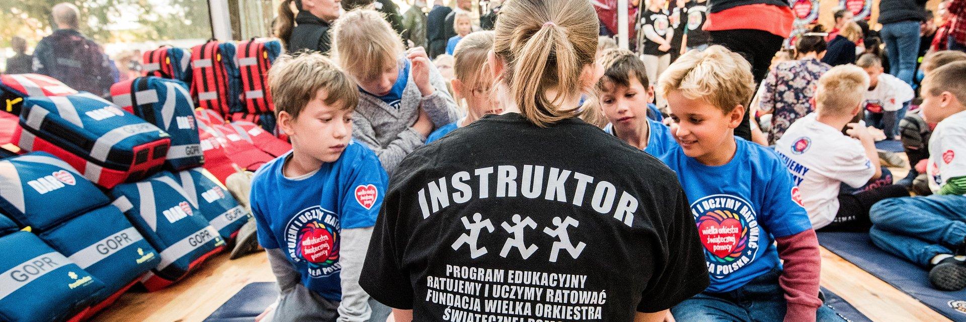 Dzieci uratowały nauczycielkę z warszawskiej szkoły