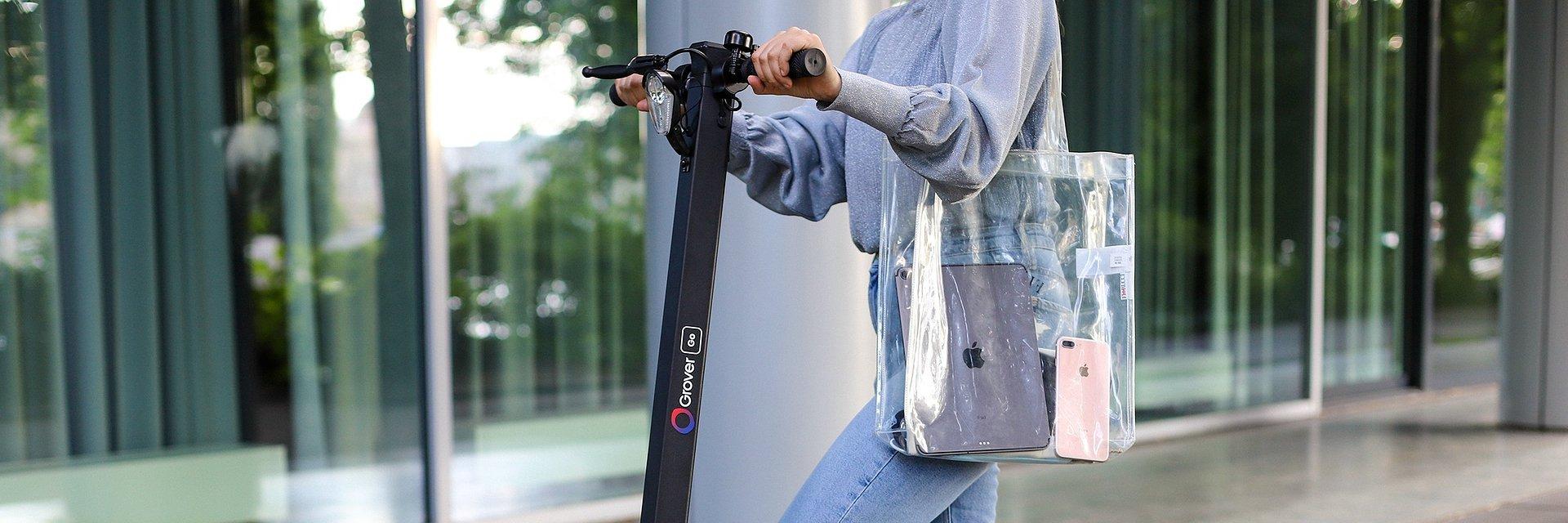 E-Scooter to go: MediaMarkt und Saturn vermieten ab sofort bundesweit mit Grover Elektro-Tretroller