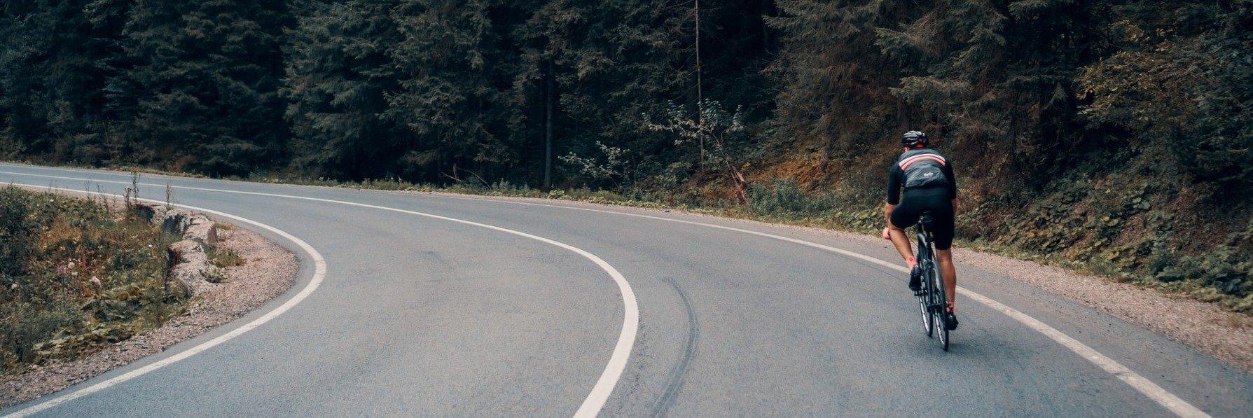 Cuidados ao pedalar: Como evitar lesões quando anda de bicicleta