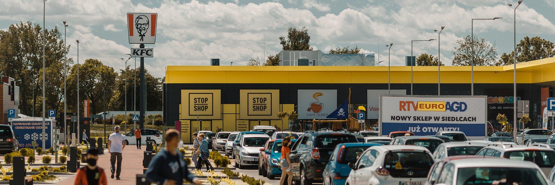 Parki handlowe z wyższą odwiedzalnością w pandemii. Czynsze dużo niższe niż w centrach