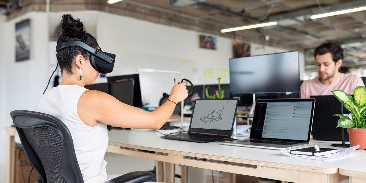 Kompetencje przyszłości potrzebne w firmach już dziś. Jakie umiejętności są kluczowe dla organizacji w dobie rewolucji technologicznej?