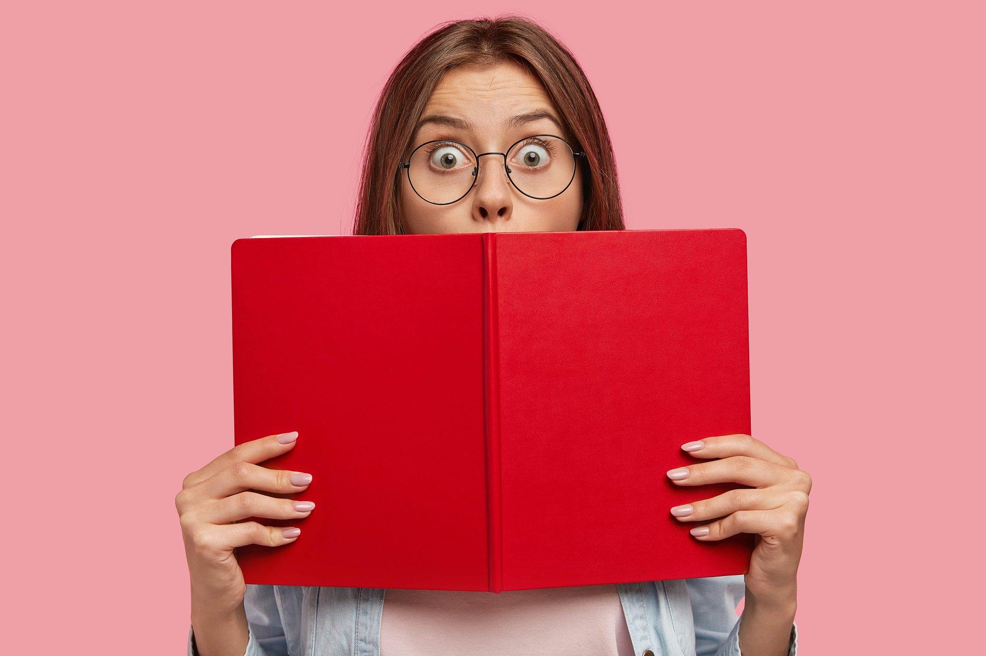 Dlaczego kochamy czytać kryminały?