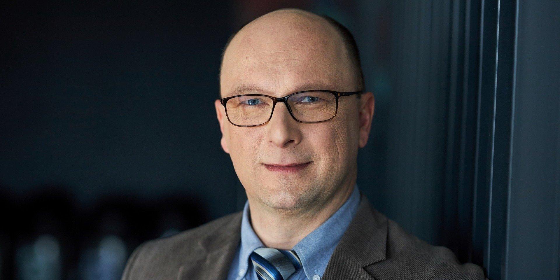 zarządzanie i finanse: dr hab. Jacek Jaworski, prof. WSB