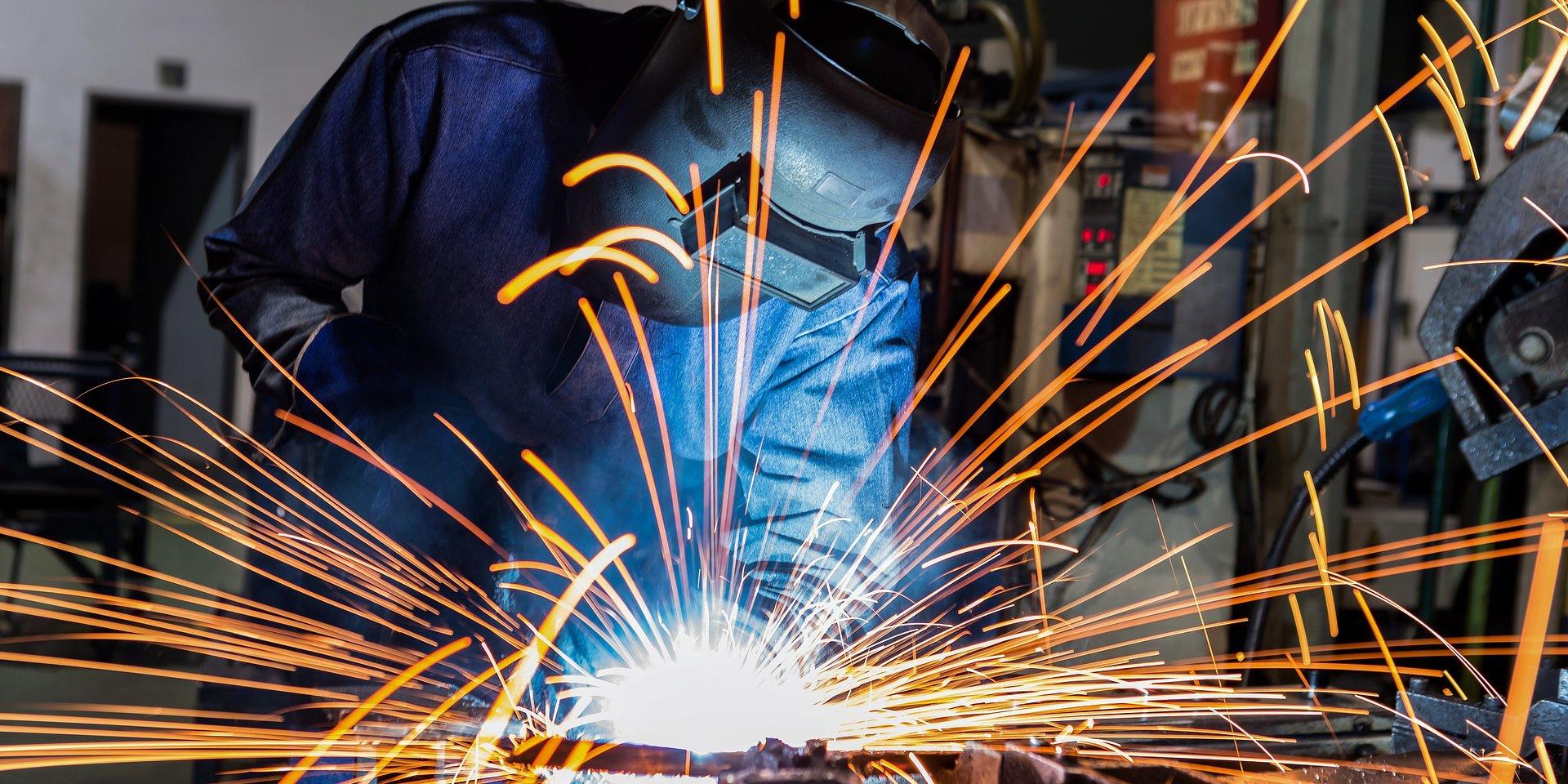 PKB zaskakuje w górę, rewidujemy prognozę PKB na 2021