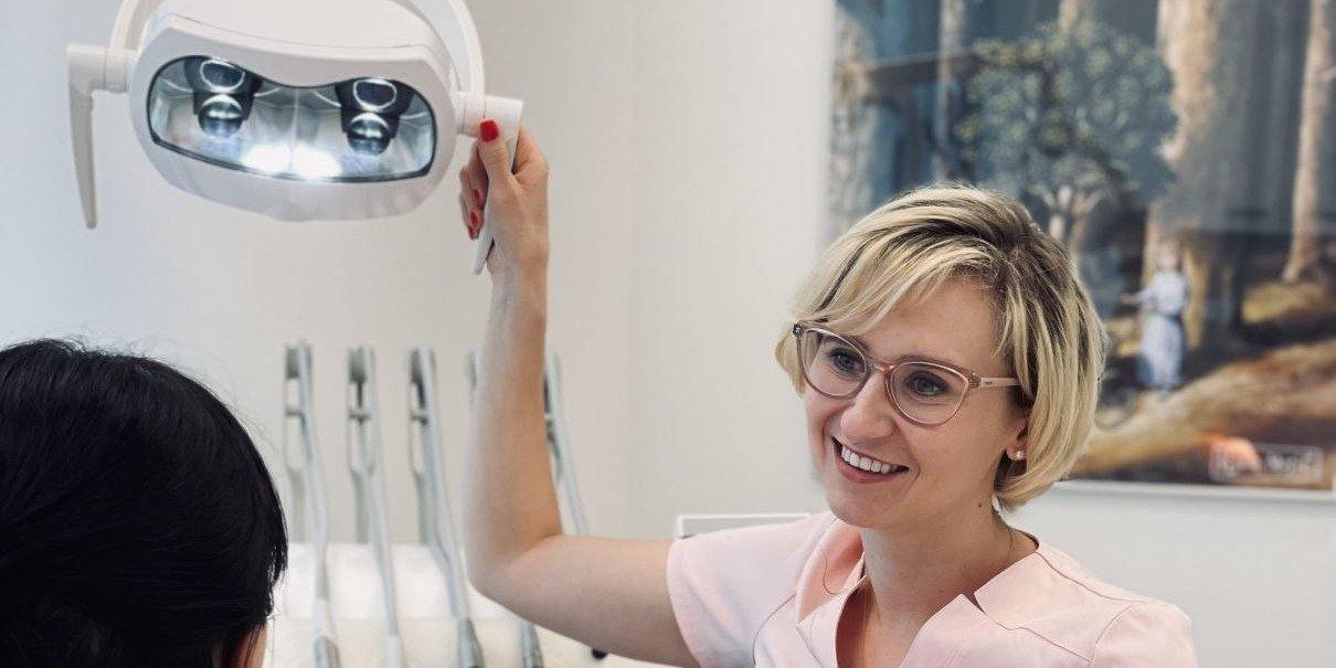 Dentystka ze Szczecina stworzyła poradnik, dzięki którym rodzice mogą chronić ochronić dziecko przed próchnicą