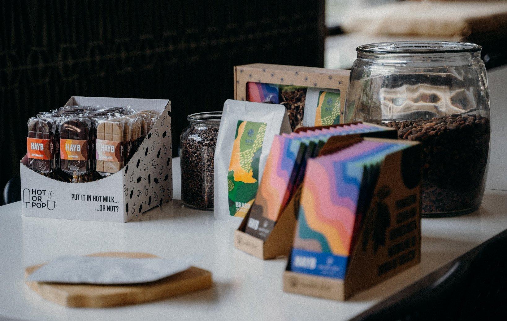Czekoladowo-kawowa kooperacja. Manufaktura Czekolady Chocolate Story i palarnia kawy HAYB ze wspólnym projektem