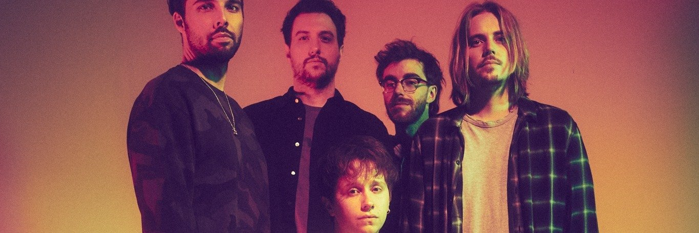 """Nothing But Thieves w nowym teledysku """"Futureproof"""""""