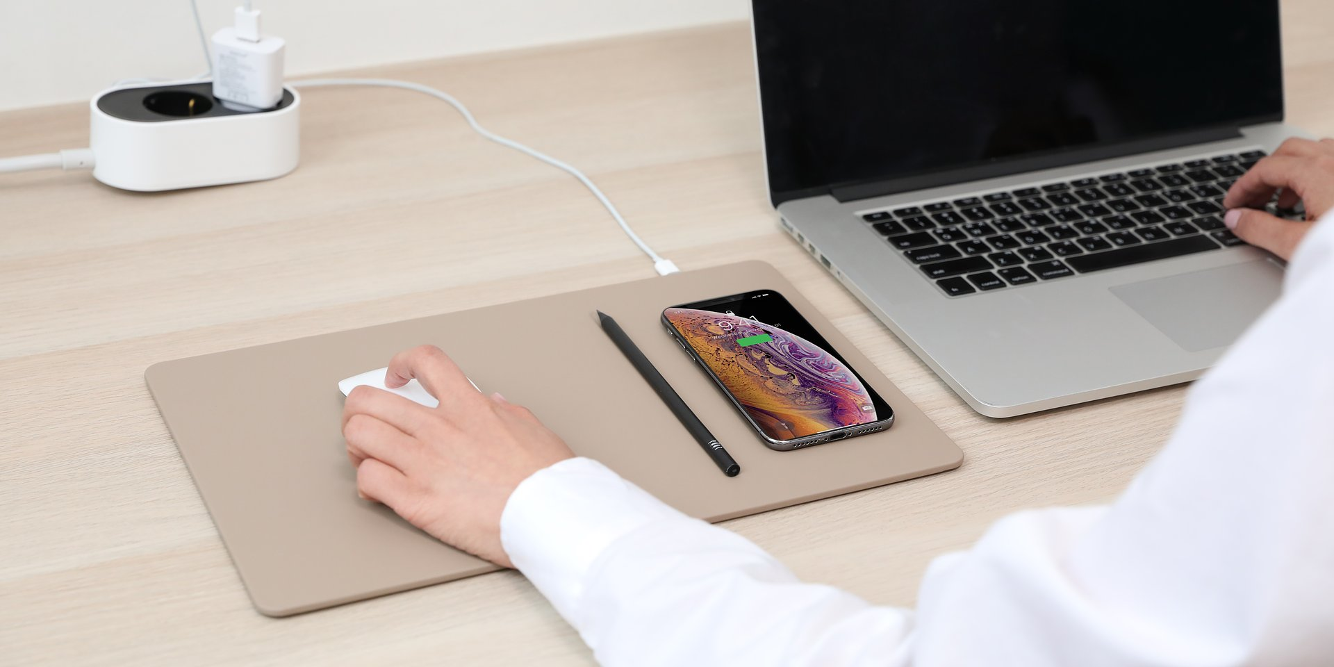 Akcesoria komputerowe do domowego biura
