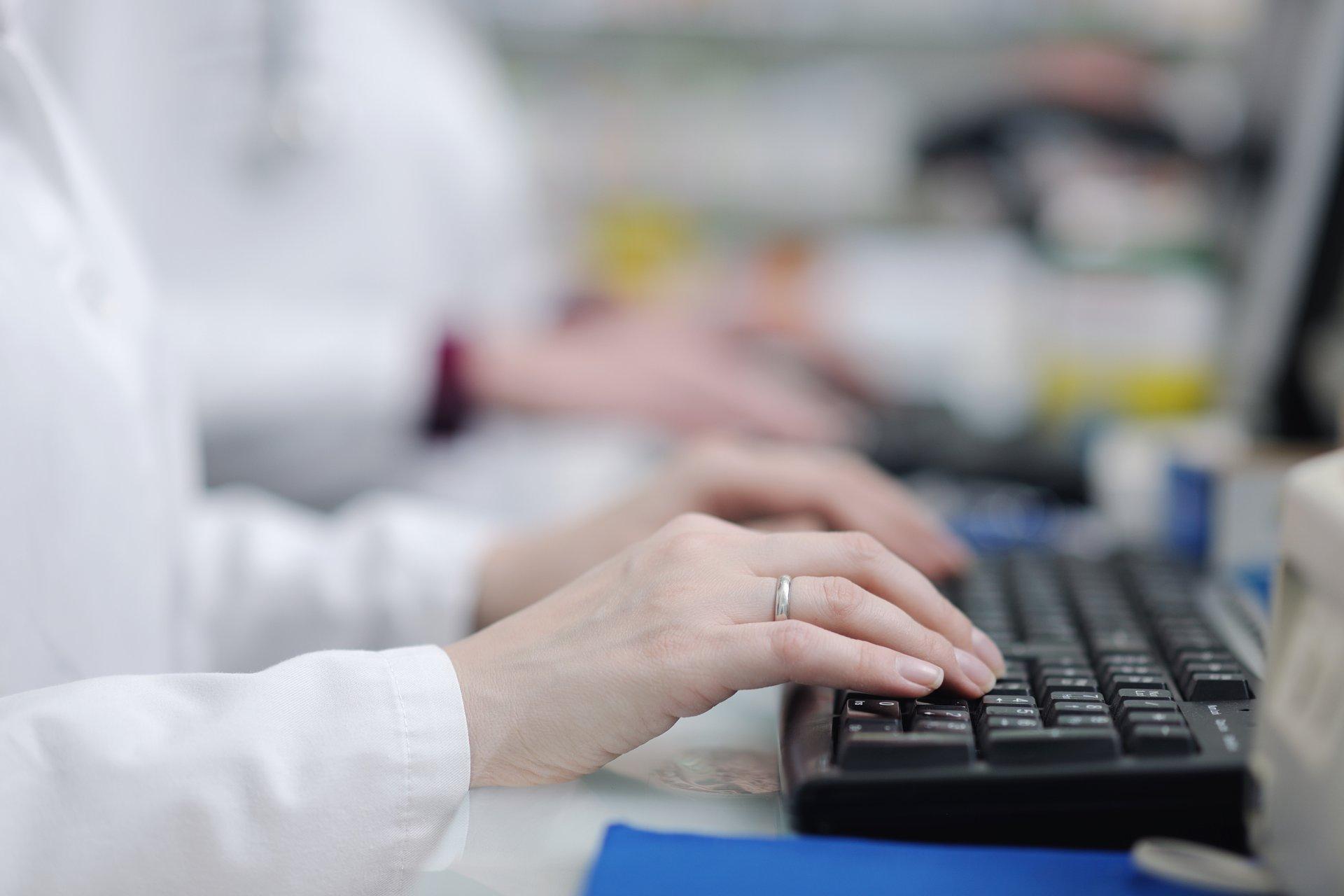 Apteki zainteresowane szczepieniami mogą już składać wnioski do NFZ