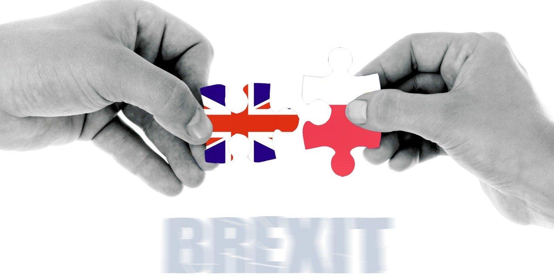 Brexit – Brytyjczycy wymieniają dokumenty i rejestrują pobyt 16
