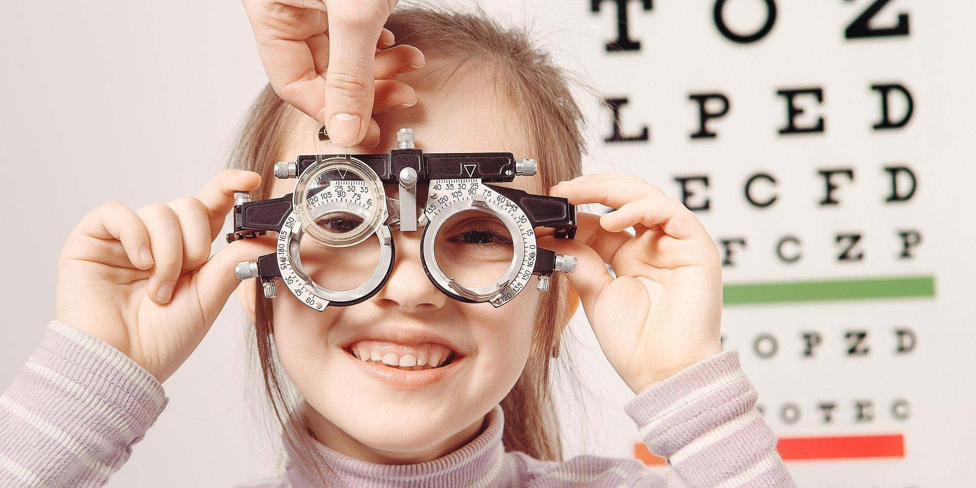 Co oznacza 20x20x20? Jak radzić sobie z cyfrowym zmęczeniem oczu? Jakie zadania ma optometrysta i czym różni się od okulisty?