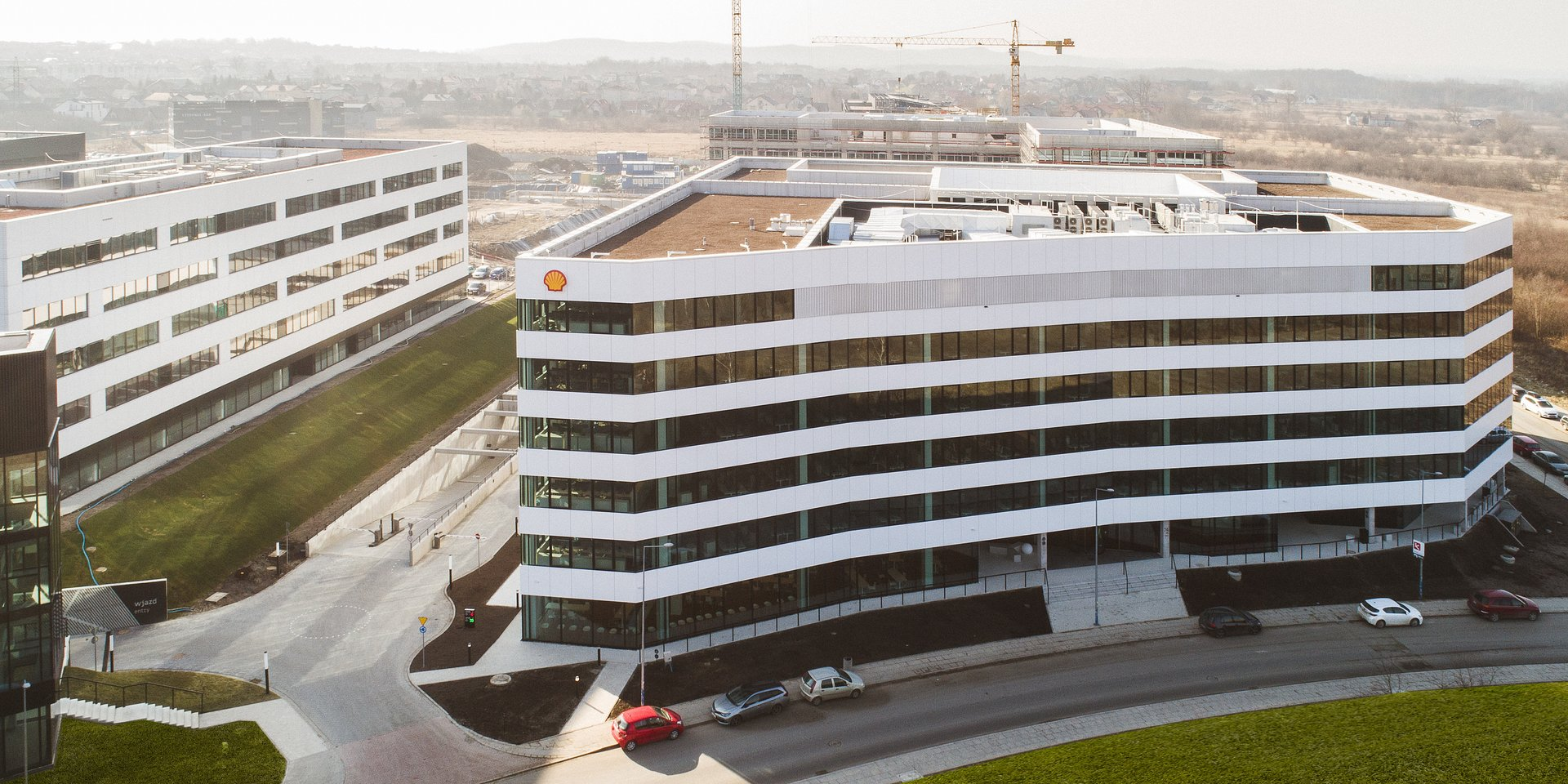 Nowe miejsca pracy w Małopolsce: Shell zwiększa inwestycje w Krakowie