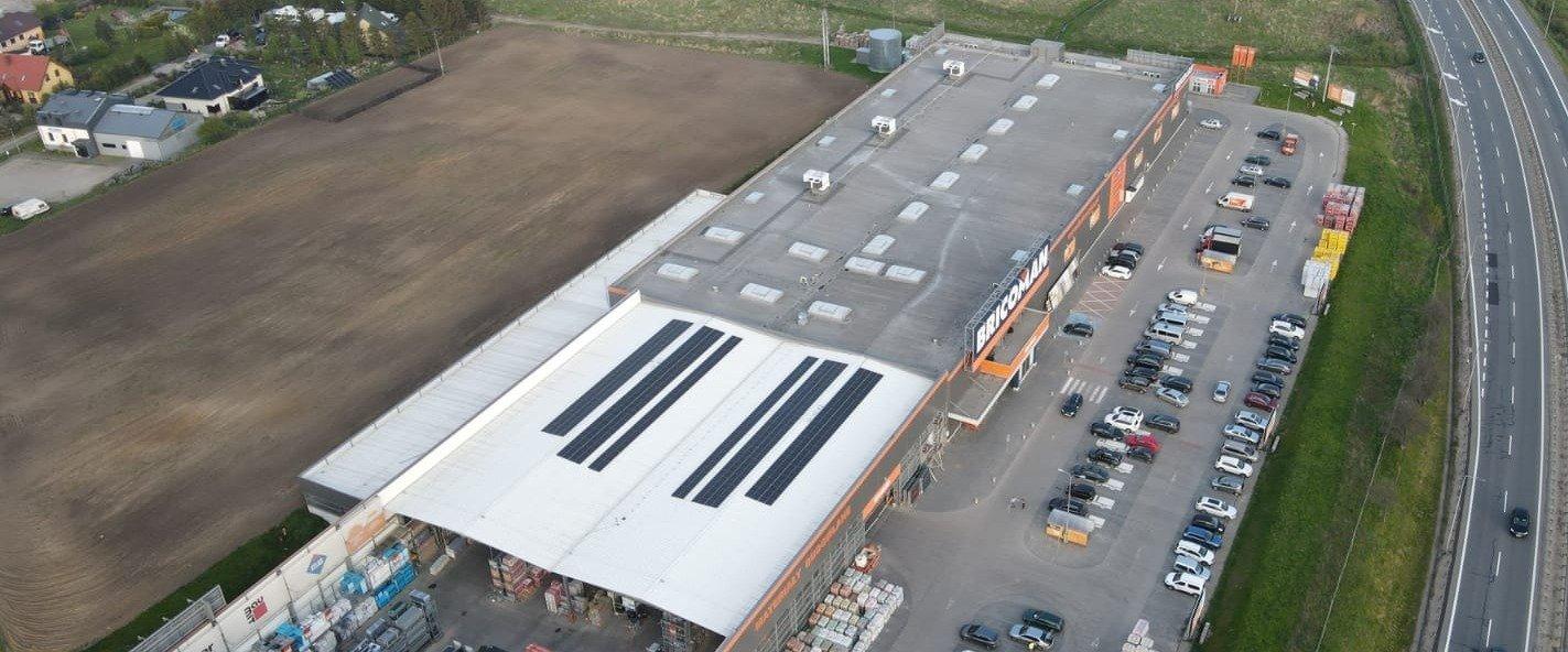 Bricoman inwestuje w odnawialne źródła energii