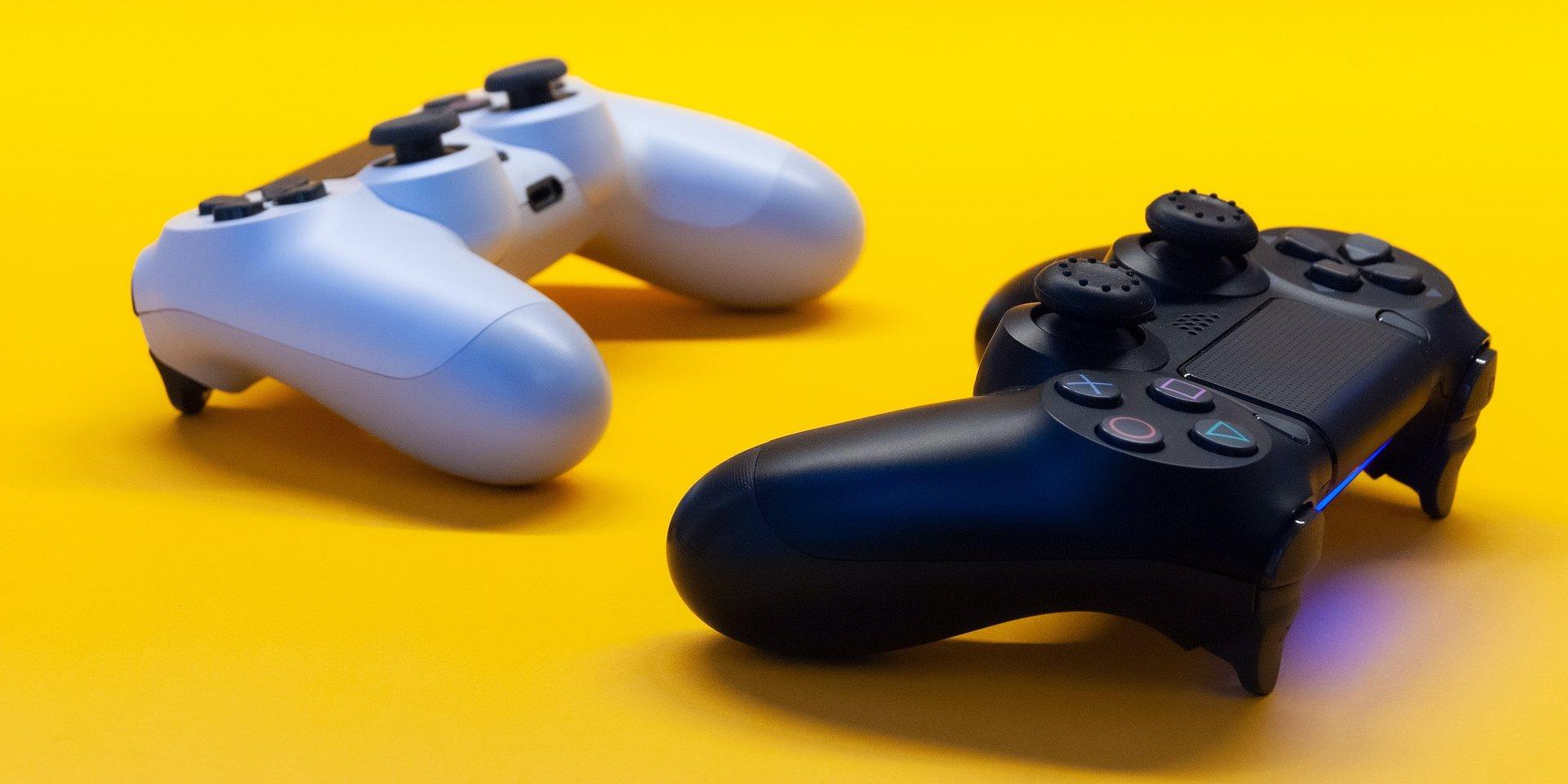 Prawie 90% nastolatków w Polsce gra w gry. Jak ta forma rozrywki wpływa na ich rozwój?