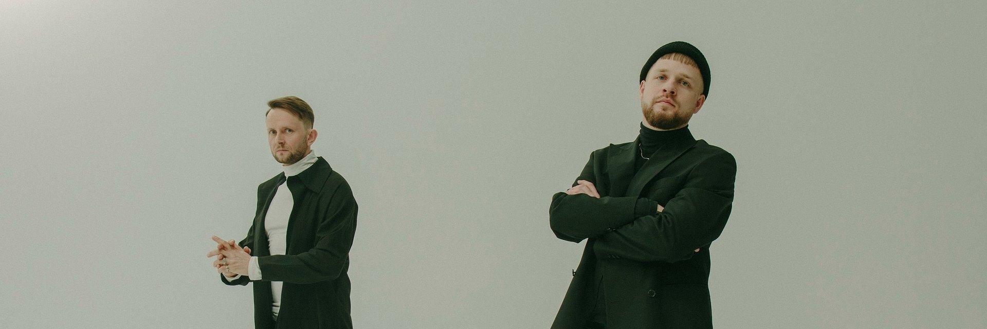 """""""Gdzieś daleko stąd"""" zabierze nas duet Martin Lange"""