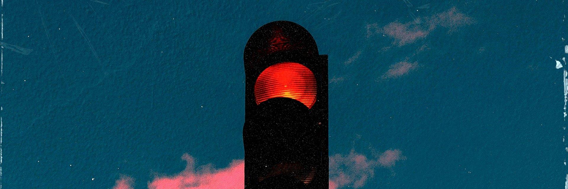 """Stop! Zatrzymaj się i posłuchaj """"Redlight"""" Glockenbach i ClockClock"""