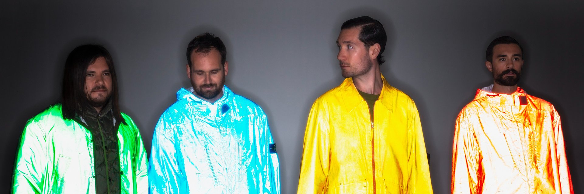 "Bastille prezentują nowy utwór ""Give Me The Future"""