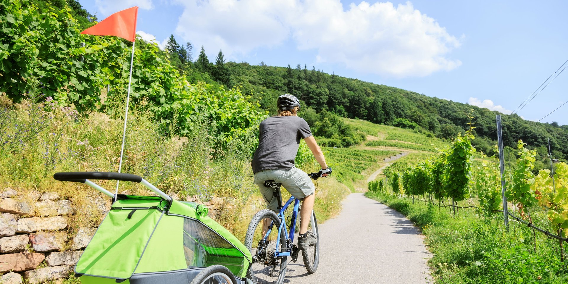 Rower staje się środkiem transportu dla 87 proc. Polaków. Co trzeci z nas zabiera go także na urlop