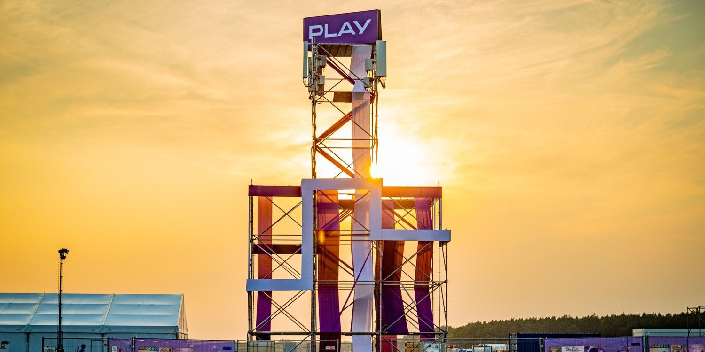 Play nadaje z Pol'and'Rock Festival – zapewnia dobre wibracje zarówno na miejscu, jak i online!