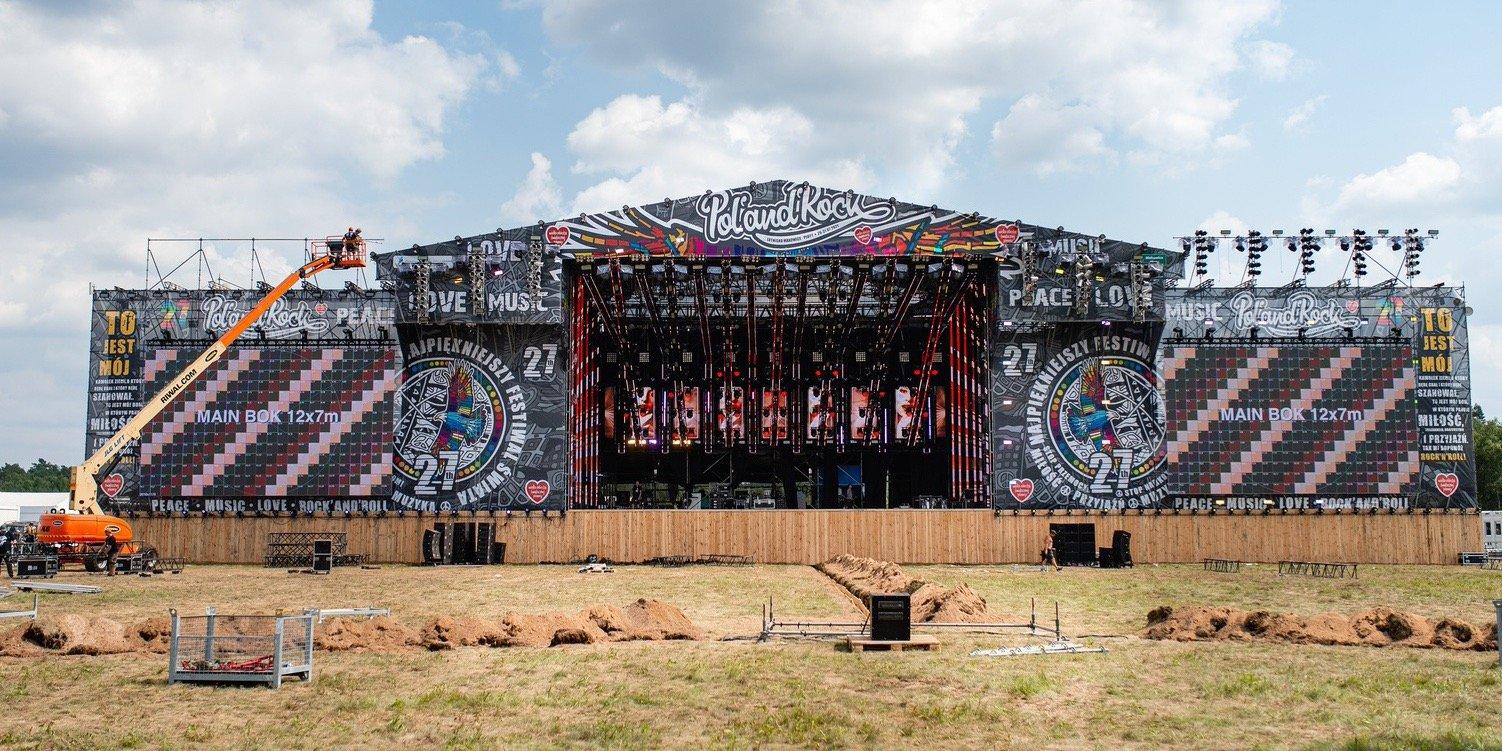 Pierwsi festiwalowicze na terenie 27. Pol'and'Rock Festival