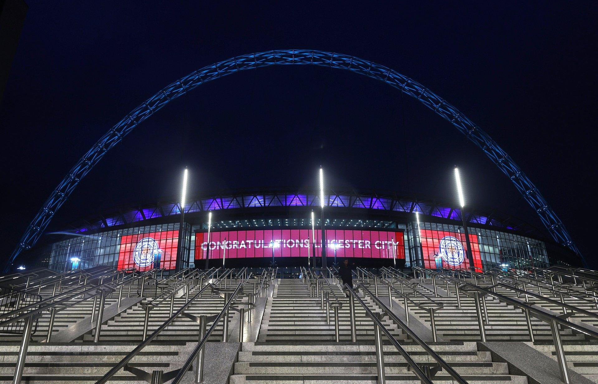 Nowy, przyciągający wzrok ekran LED wita ponownie kibiców na londyńskim stadionie Wembley