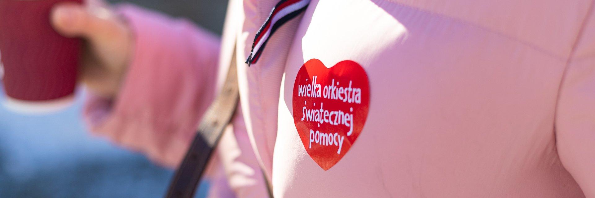 Wolontariusze Wielkiej Orkiestry Świątecznej Pomocy umówią wizytę w Sztabie za pomocą aplikacji Booksy.