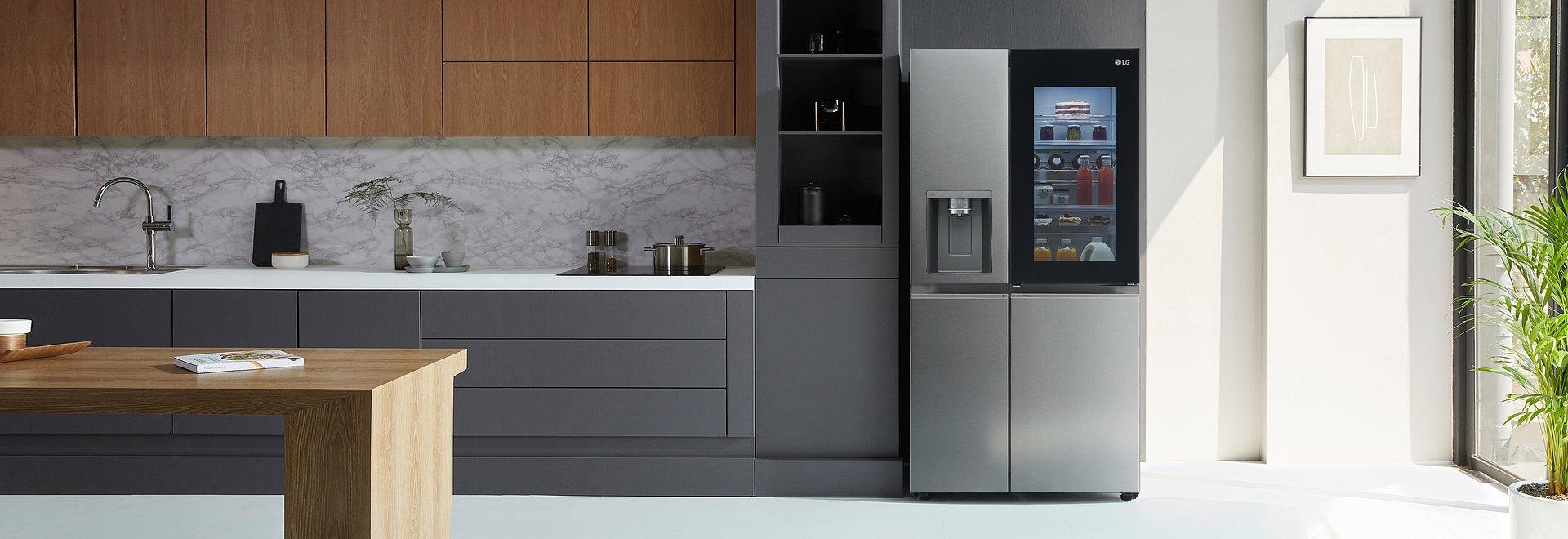Minimalistyczne wzornictwo, efektywne chłodzenie i komfort użytkowania na najwyższym poziomie – LG wprowadza nowe lodówki InstaView