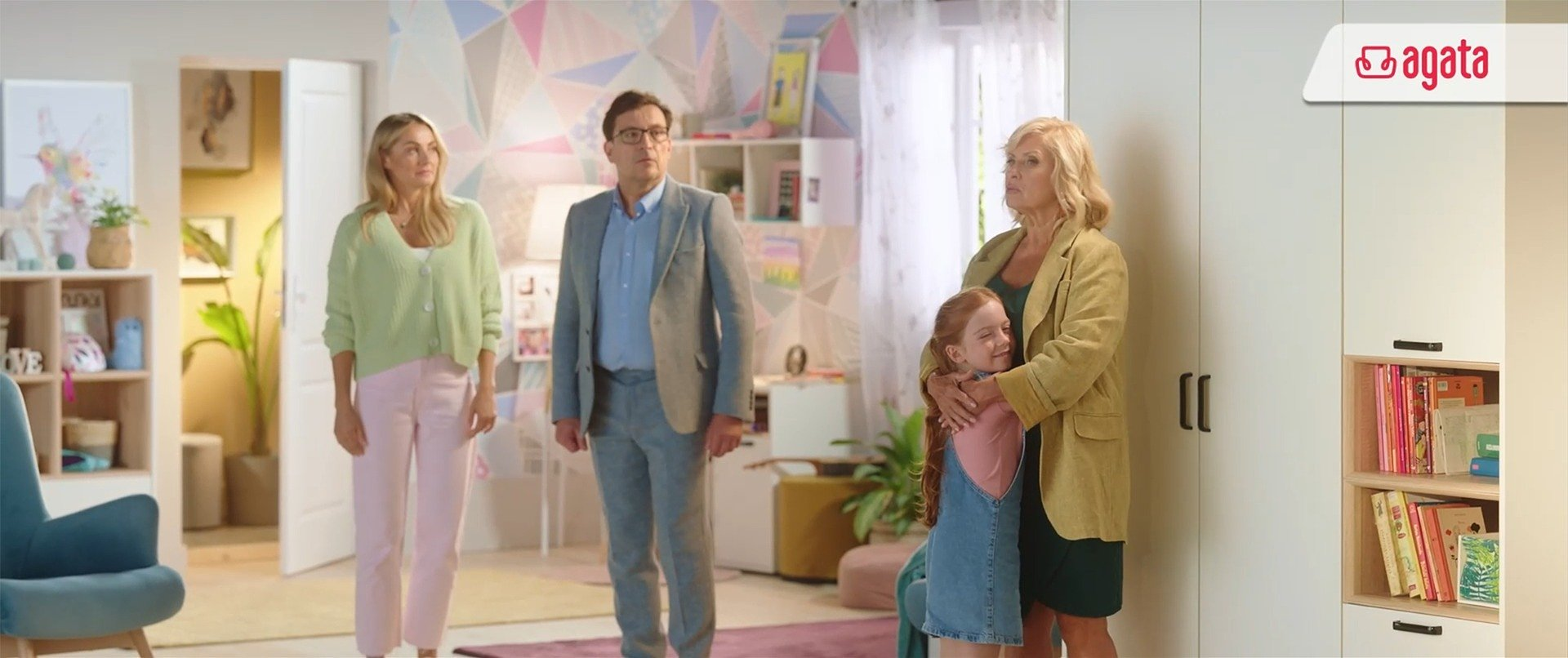 Salony Agata z nowym spotem reklamowym i kontynuacją kampanii z Ambasadorkami