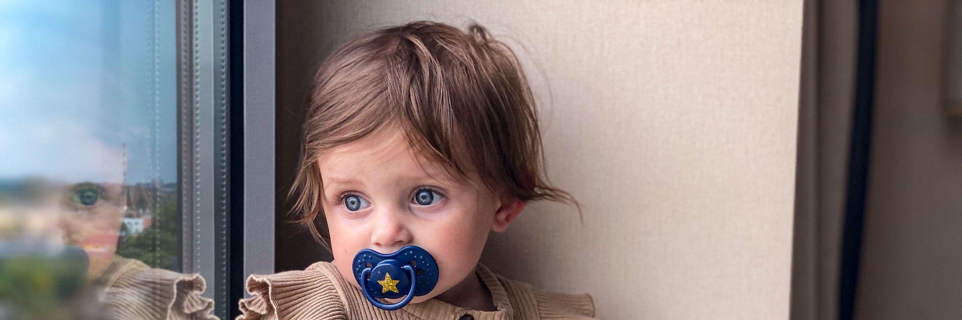 Jak dopasować smoczek i butelkę do potrzeb i wieku dziecka?