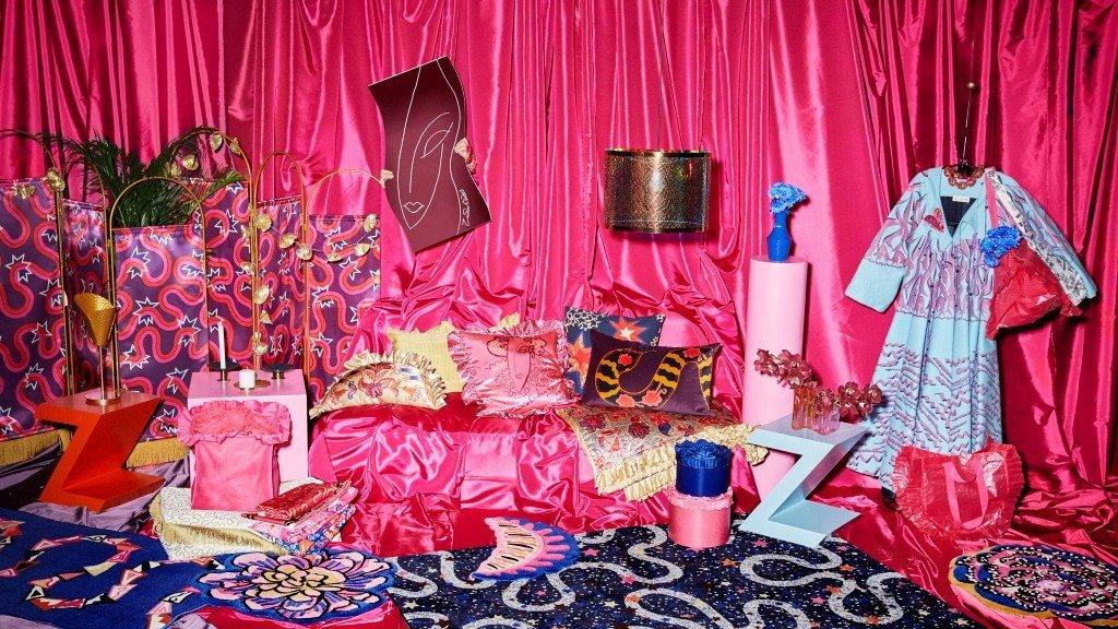 Kiedy odważne wzory i tekstylia wkraczają do domów – limitowana kolekcja KARISMATISK od Zandry Rhodes i IKEA