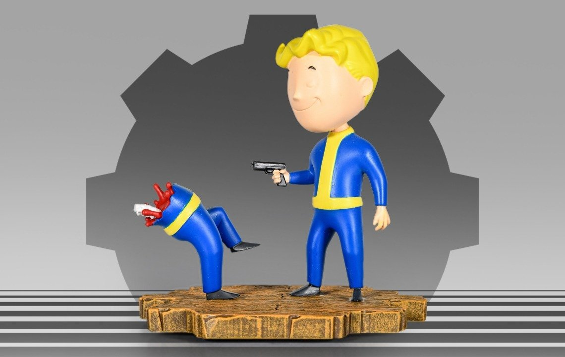 Product Announcement   BTH FO Vault Boy Bloody Mess Technicolor Variant