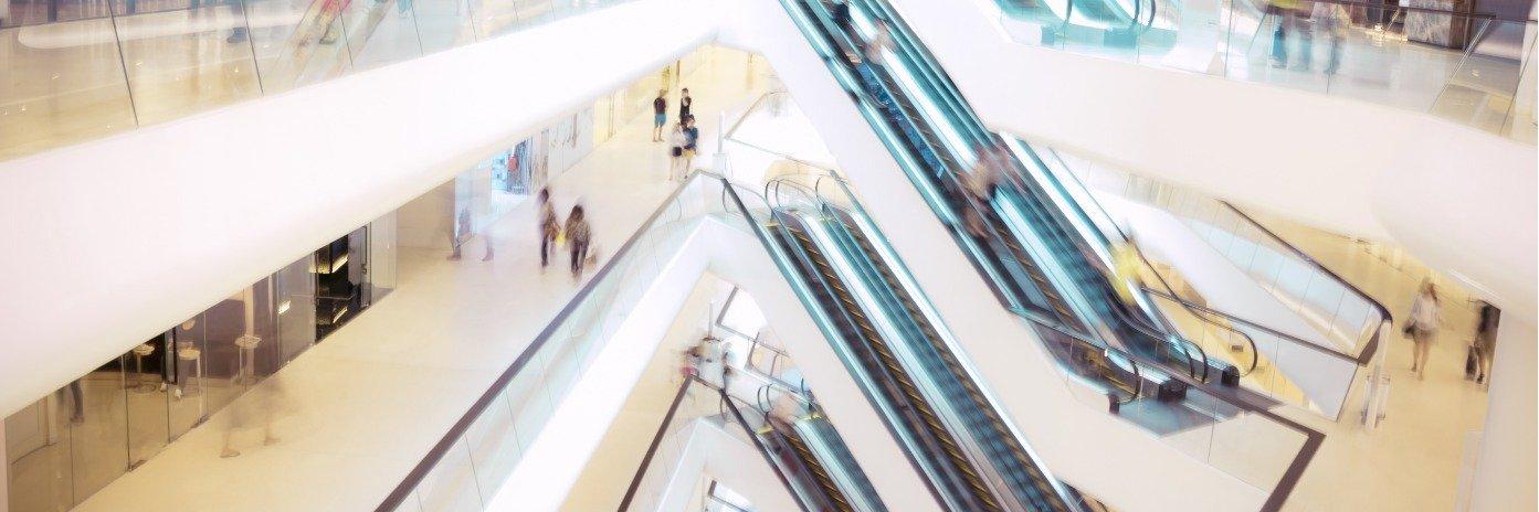W dyskontach zakupy spożywcze robi 70% Polaków. Małe sklepy wybiera tylko 1 na 10 osób