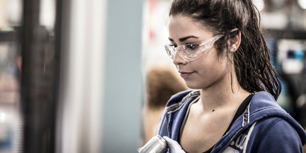 Nowe miejsca pracy w Legnicy. Blisko 100 wakatów czeka na kandydatów