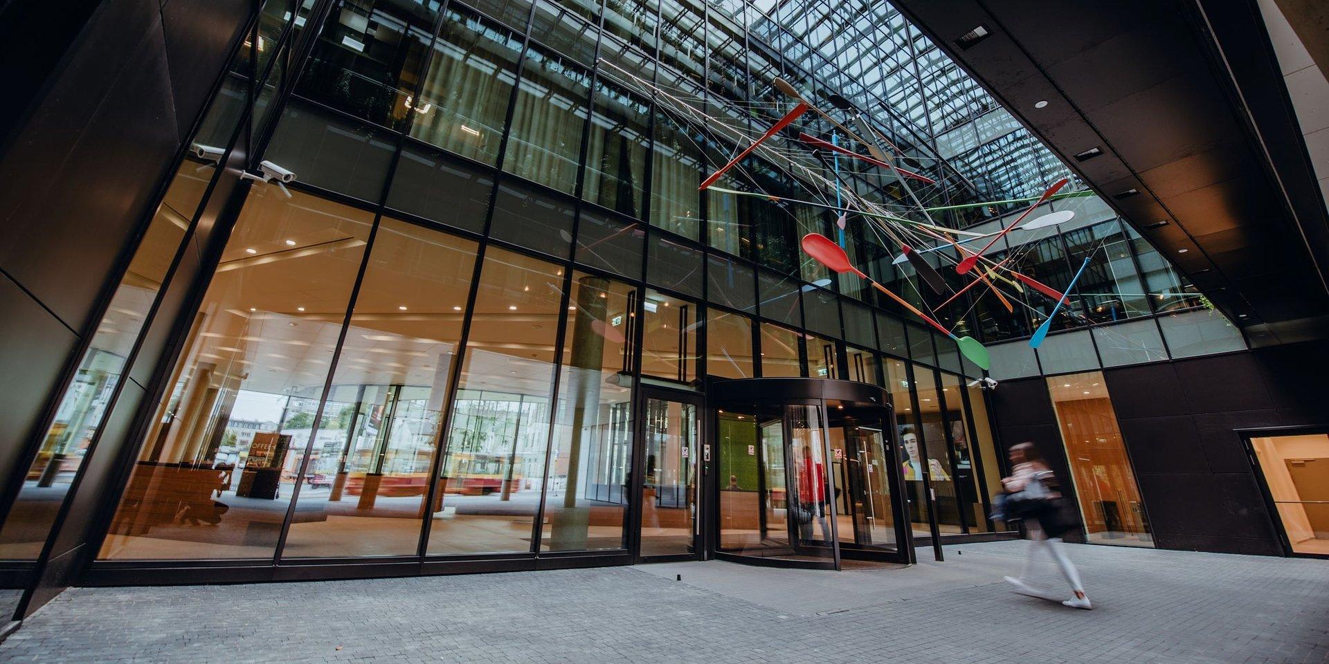 mBank, jako pierwszy w Polsce, umożliwił klientom bankowości prywatnej otwieranie konta zdalnie