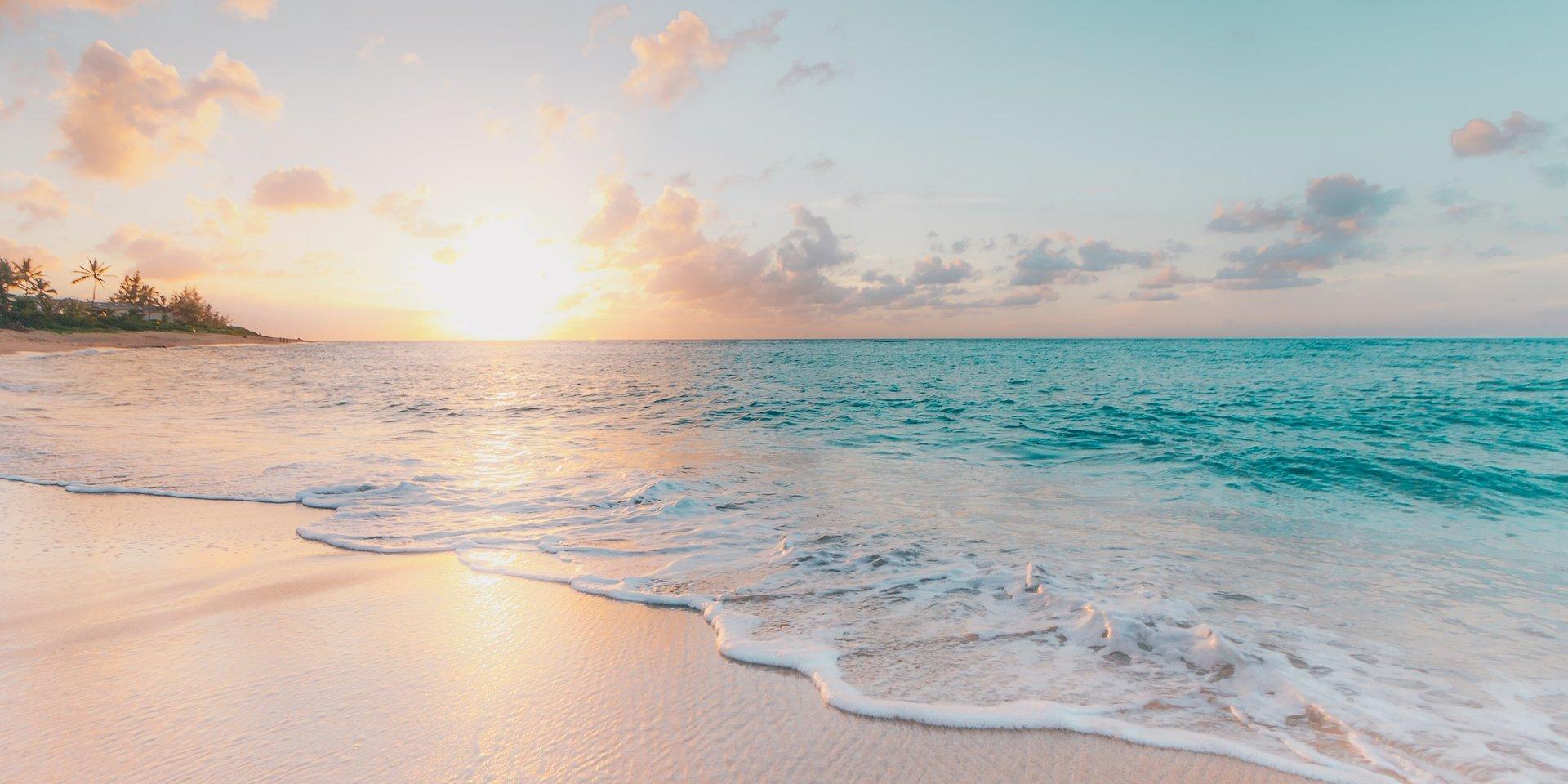 Vacanze al mare e bellezza: i consigli di MioDottore per trasformare la spiaggia in una beauty farm