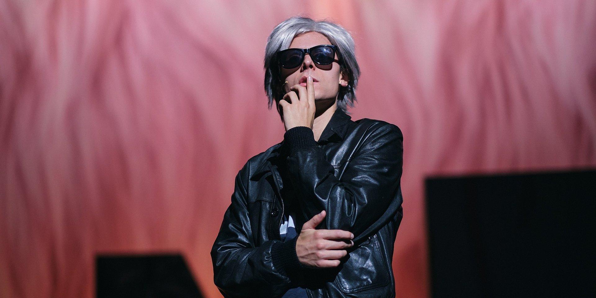 Musical sobre Andy Warhol estreia hoje no Teatro Nacional D. Maria II com o apoio da everis NTT DATA