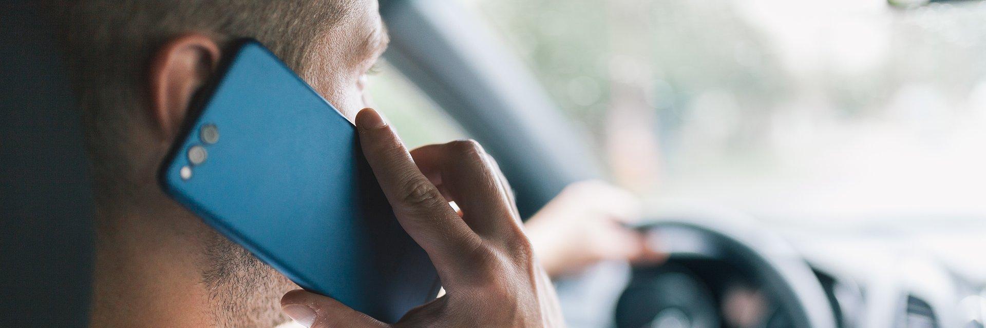 NaviExpert wprowadza nową funkcję i zwraca uwagę na poważny problem wśród kierowców