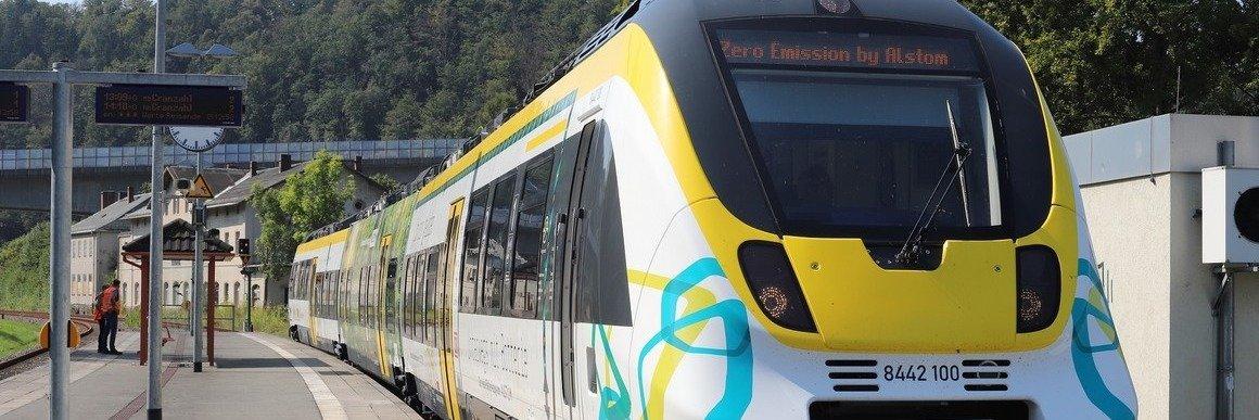 Prezentacja nowego pociągu akumulatorowego Alstom