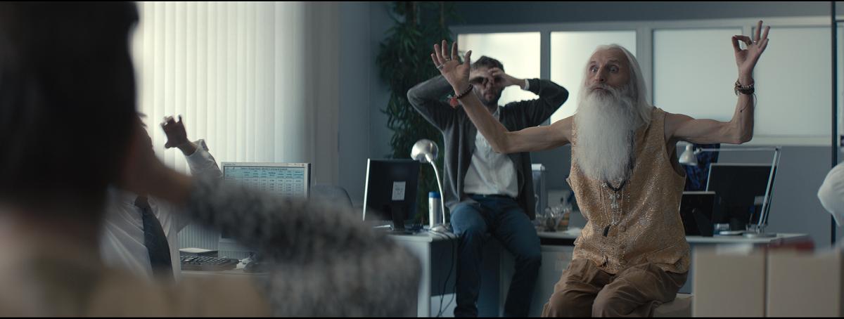 """Pracuj.pl w noworocznej odsłonie kampanii reklamowej """"Sprawdź, czy nie szukasz"""""""