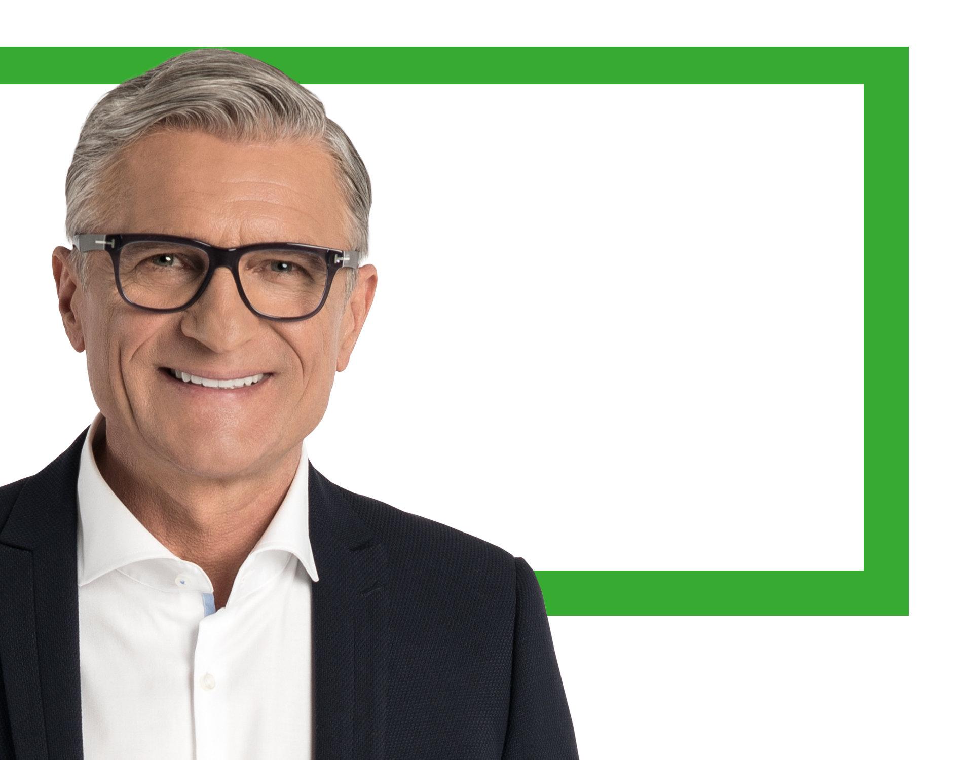 Adam Nawałka twarzą marki FAKRO