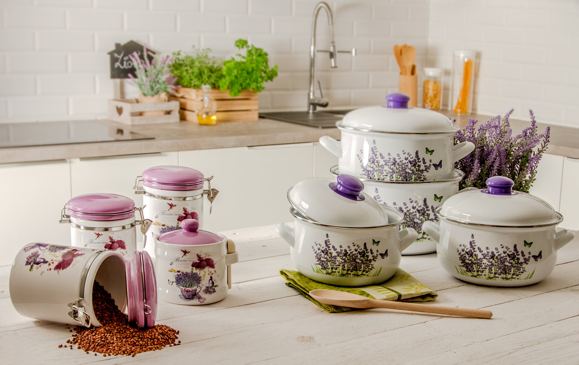 Domowe gotowanie w prowansalskim stylu – niezbędnik