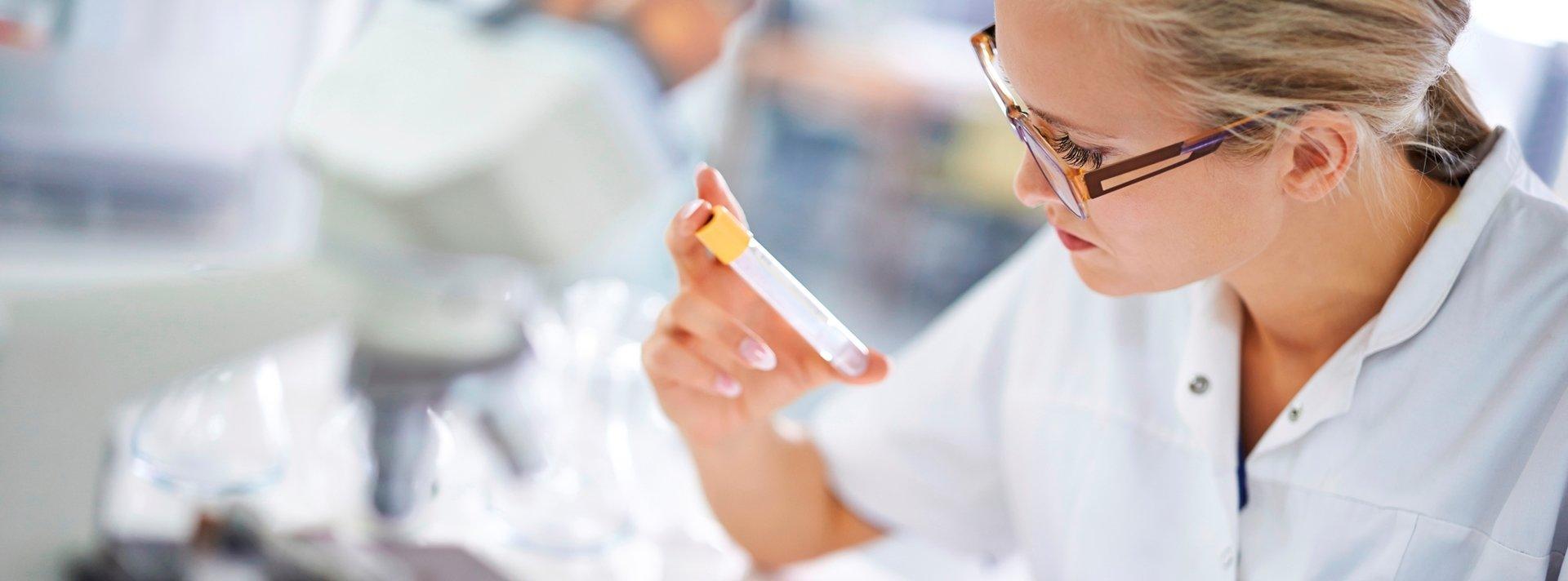Medicover jako pierwszy w Europie uruchamia pilotażowy projekt mający na celu identyfikację pacjentów zagrożonych rakiem jelita grubego